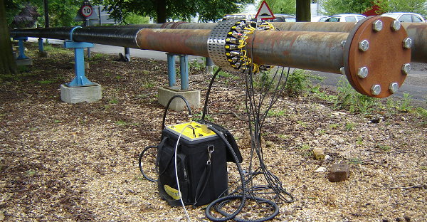 Non Destructive Testing of defects in oil and gas pipelines